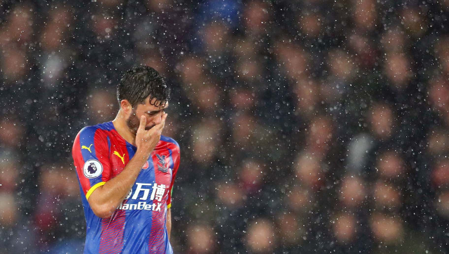 LONDON, ENGLAND - NOVEMBER 10:  James Tomkins of Crystal Palace looks dejected during the Premier League match between Crystal Palace and Tottenham Hotspur at Selhurst Park on November 10, 2018 in London, United Kingdom.  (Photo by Catherine Ivill/Getty Images)