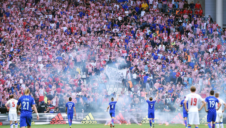 2016.06.17 Saint-Etienne Football UEFA Euro 2016 group D game between Czech Republic and Croatia Croatian Fans throw flares onto the pitch causing a stoppage Credit: Lukasz Laskowski / PressFocus/MB Media