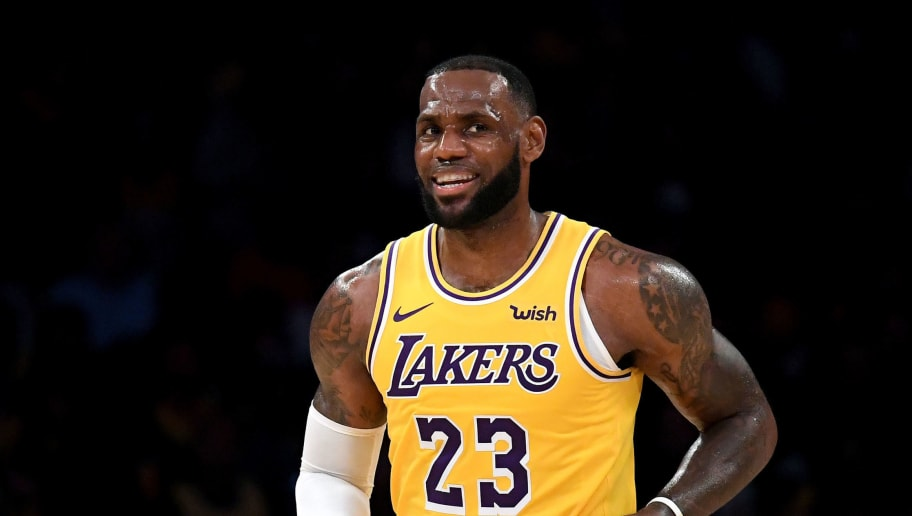 d45637a4d4cb Demand for Lakers Tickets on StubHub Proves How Much of a Difference LeBron  Makes