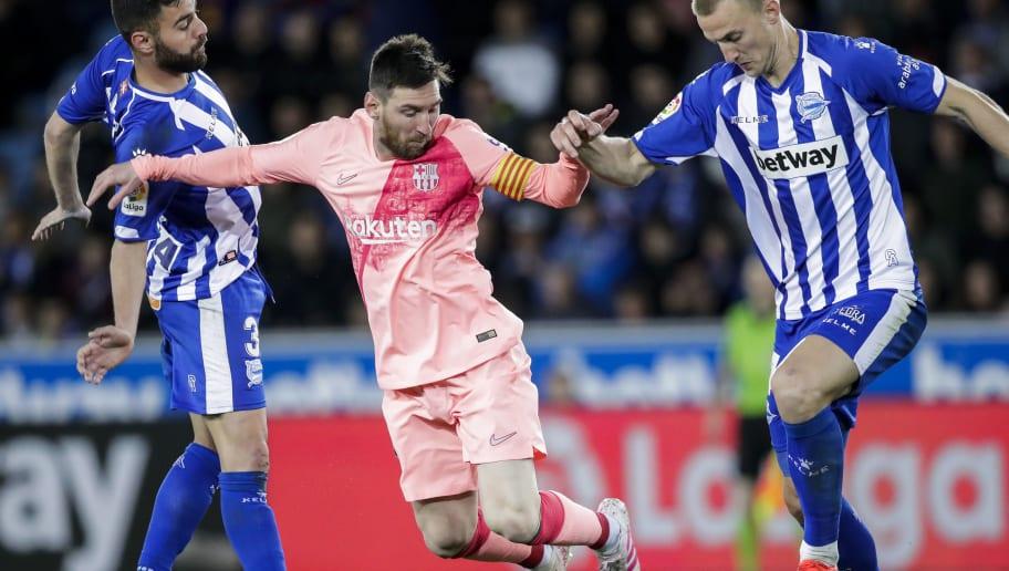 Lionel Messi,Rodrigo Ely,Ruben Duarte