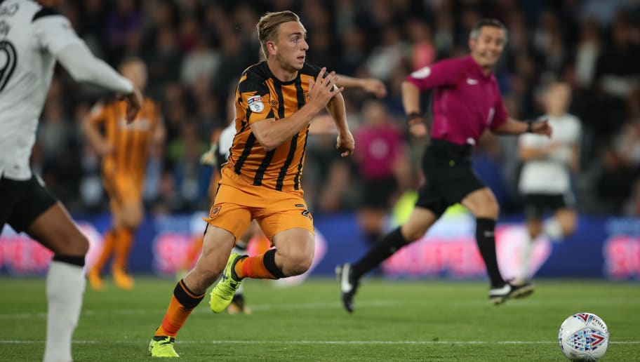 DERBY, ENGLAND - SEPTEMBER 08: Jarrod Bowen of Hull City during the Sky Bet Championship match between Derby County and Hull City at iPro Stadium on September 8, 2017 in Derby, England. (Photo by Robbie Jay Barratt - AMA/Getty Images)