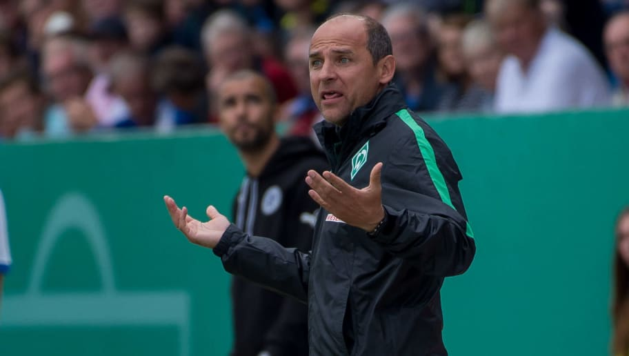 Lotte, Germany 21.08.2016, DFB-Pokal 1. Runde, SF Lotte - SV Werder Bremen,  Trainer Viktor Skripnik (Bremen)  (Photo by TF-Images/Getty Images)
