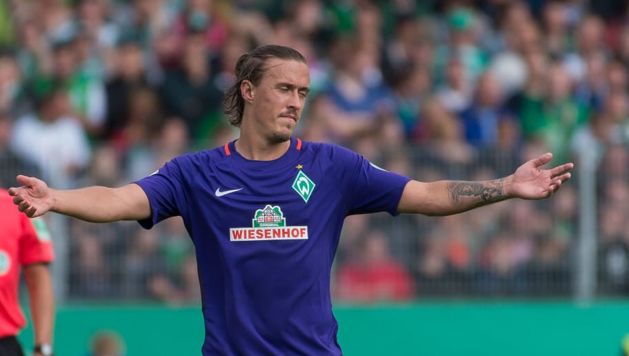 Lotte, Germany 21.08.2016, DFB-Pokal 1. Runde, SF Lotte - SV Werder Bremen,  Max Kruse (Bremen)  (Photo by TF-Images/Getty Images)
