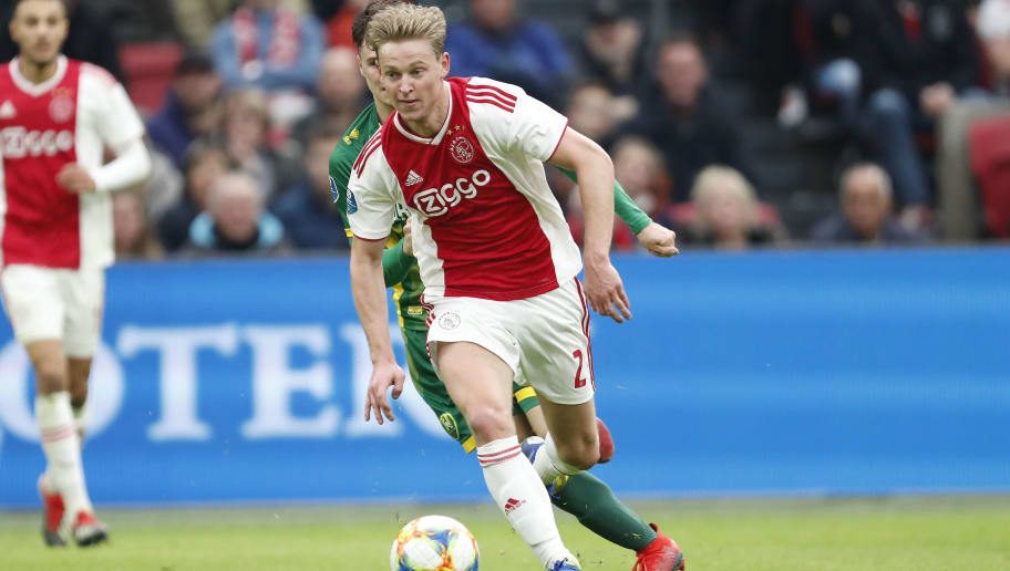 (L-R) Danny Bakker of ADO Den Haag, Frenkie de Jong of Ajax during the Dutch Eredivisie match between Ajax Amsterdam and ADO Den Haag at the Johan Cruijff Arena on December 02, 2018 in Amsterdam, The Netherlands(Photo by VI Images via Getty Images)