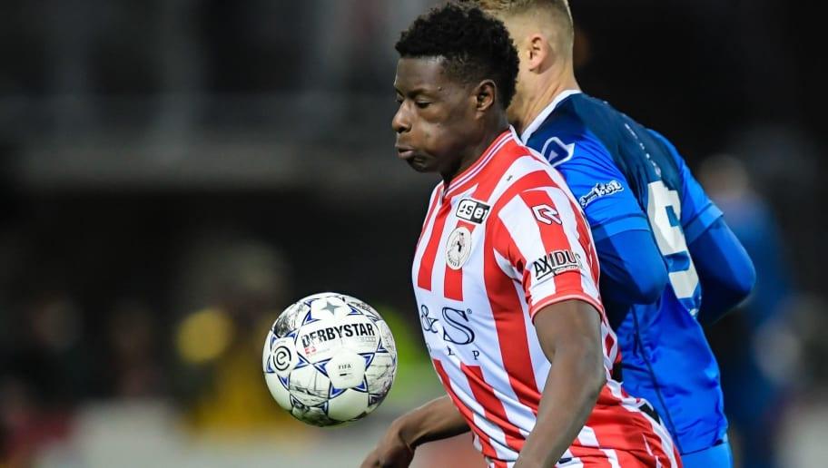 Bericht: Eintracht Frankfurt gibt Angebot für U21-Nationalspieler Ache ab