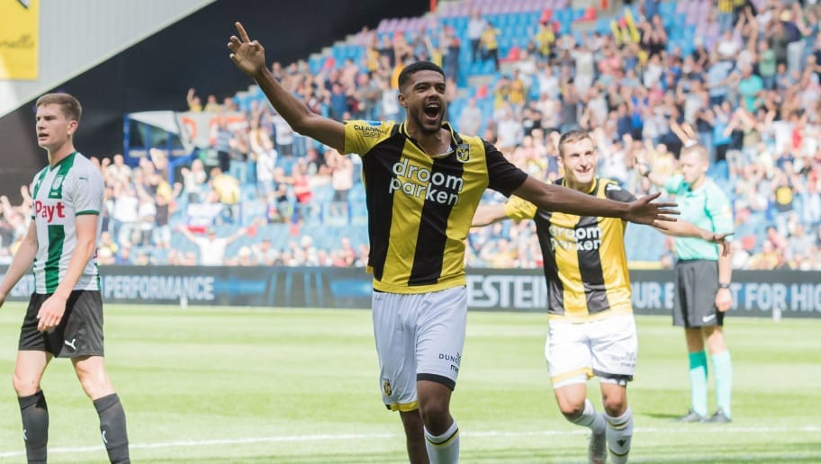 Jake Clarke-Salter of Vitesse during the Dutch Eredivisie match between Vitesse Arnhem and FC Groningen at Gelredome on August 12, 2018 in Arnhem, The Netherlands(Photo by VI Images via Getty Images)