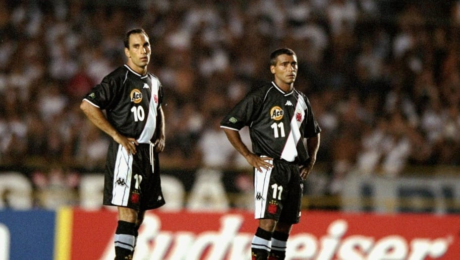 Edmundo (#10) and Romario (#11) of Vasco de Gama