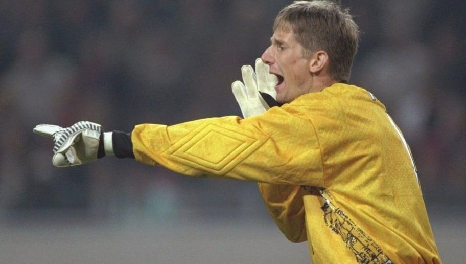 Edwin Van Der Saar of Ajax shouts instructions to his defence