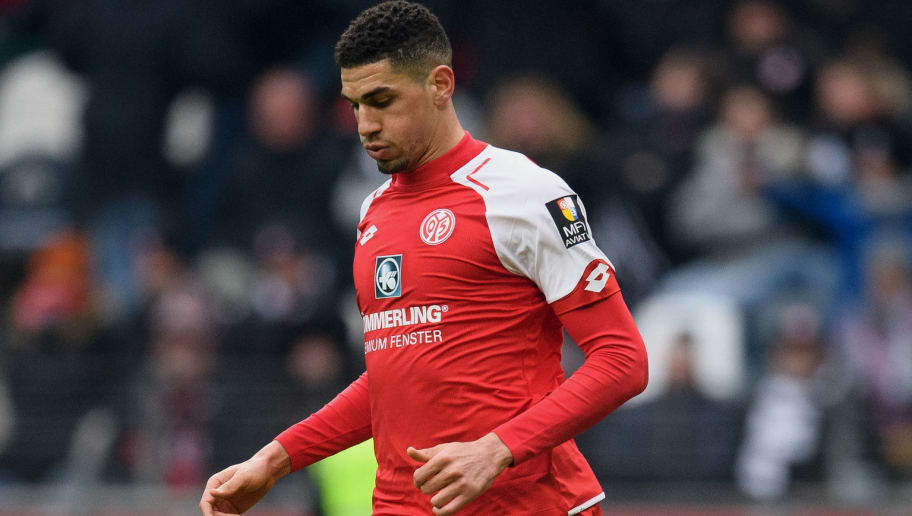 FRANKFURT AM MAIN, GERMANY - MARCH 17: Leon Balogun of Mainz controls the ball during the Bundesliga match between Eintracht Frankfurt and 1. FSV Mainz 05 at Commerzbank-Arena on March 17, 2018 in Frankfurt am Main, Germany. (Photo by Matthias Hangst/Bongarts/Getty Images)