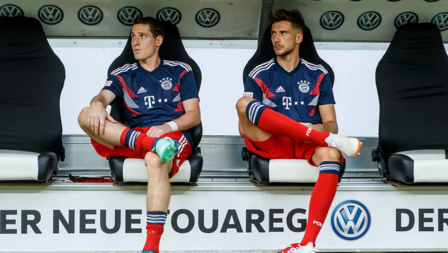 FRANKFURT AM MAIN, GERMANY - AUGUST 12: Sebastian Rudy of Bayern Muenchen and Leon Goretzka of Bayern Muenchen sit on the bench prior to the DFL Supercup match between Eintracht Frankfurt and Bayern Muenchen at Commerzbank-Arena on August 12, 2018 in Frankfurt am Main, Germany. (Photo by TF-Images/Getty Images)