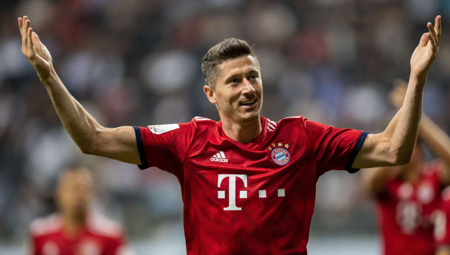 FRANKFURT AM MAIN, GERMANY - AUGUST 12: Robert Lewandowski of FC Bayern Muenchen celebrates after scoring his team's third goal during the DFL Supercup 2018 match between Eintracht Frankfurt and Bayern Muenchen at Commerzbank-Arena on August 12, 2018 in Frankfurt am Main, Germany.  (Photo by Boris Streubel/Getty Images)