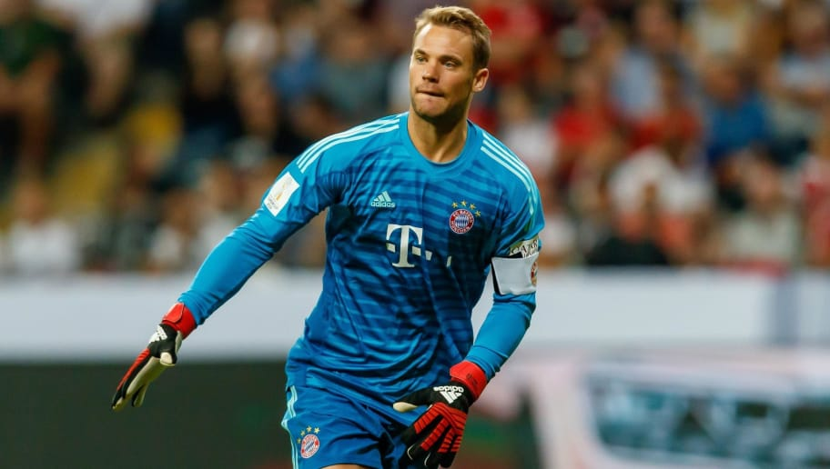 FRANKFURT AM MAIN, GERMANY - AUGUST 12: Goalkeeper Manuel Neuer of Bayern Muenchen looks on during the DFL Supercup match between Eintracht Frankfurt and Bayern Muenchen at Commerzbank-Arena on August 12, 2018 in Frankfurt am Main, Germany. (Photo by TF-Images/Getty Images)
