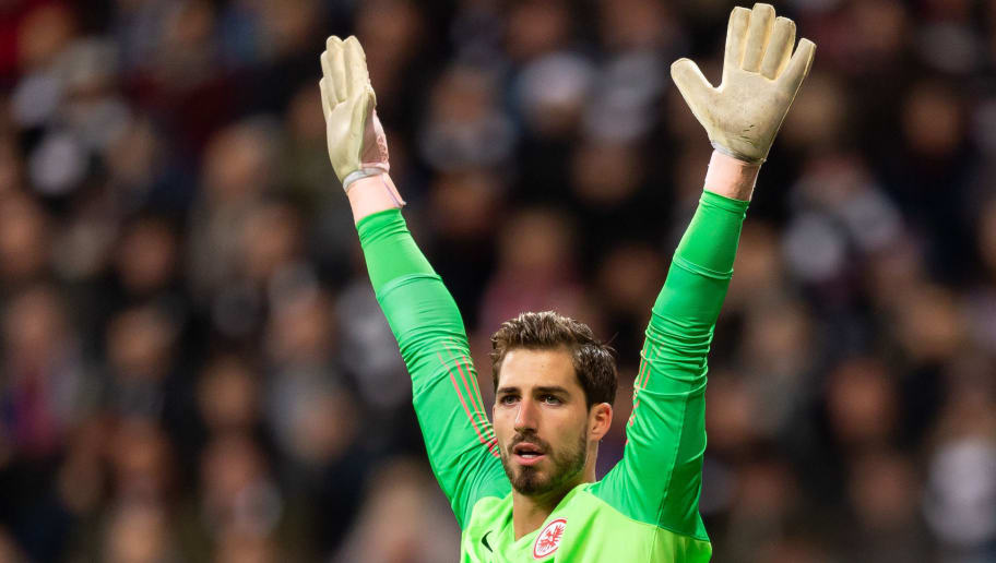 FRANKFURT AM MAIN, GERMANY - DECEMBER 22: Goalkeeper Kevin Trapp of Eintracht Frankfurt gestures during the Bundesliga match between Eintracht Frankfurt and FC Bayern Muenchen at Commerzbank-Arena on December 22, 2018 in Frankfurt am Main, Germany. (Photo by TF-Images/TF-Images via Getty Images)