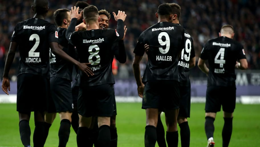 FRANKFURT AM MAIN, GERMANY - NOVEMBER 11:  Luka Jovic of Eintracht Frankfurt celebrates with teammates after scoring his team's second goal during the Bundesliga match between Eintracht Frankfurt and FC Schalke 04 at Commerzbank-Arena on November 11, 2018 in Frankfurt am Main, Germany.  (Photo by Alex Grimm/Bongarts/Getty Images)