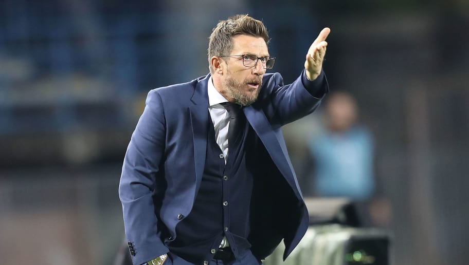 EMPOLI, ITALY - OCTOBER 06: Eusebio Di Francesco manager of AS Roma gestures during the Serie A match between Empoli and AS Roma at Stadio Carlo Castellani on October 6, 2018 in Empoli, Italy.  (Photo by Gabriele Maltinti/Getty Images)