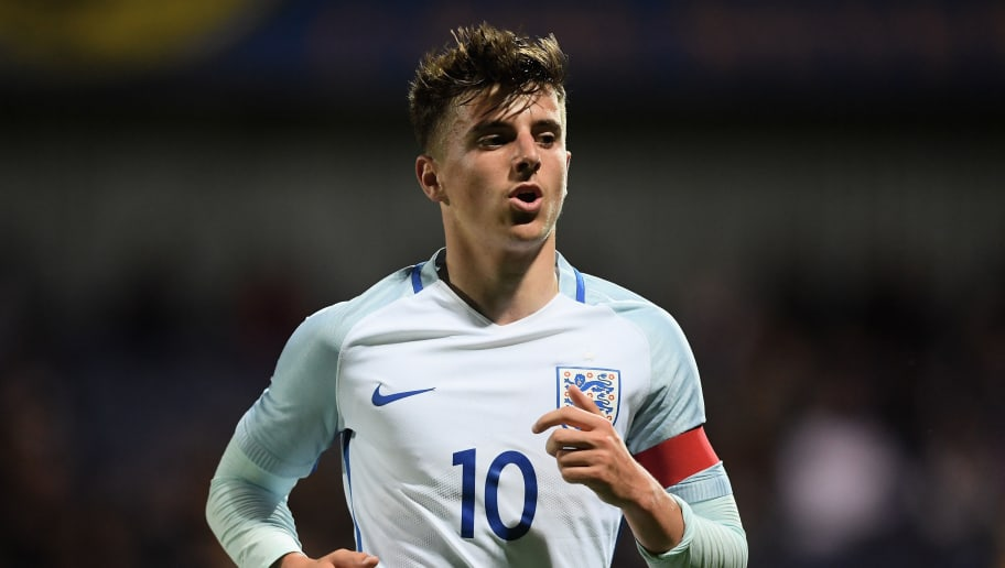 MANSFIELD, ENGLAND - SEPTEMBER 05: Mason Mount of England during the U19 International match between England and Germany at One Call Stadium on September 5, 2017 in Mansfield, England.  (Photo by Laurence Griffiths/Getty Images)
