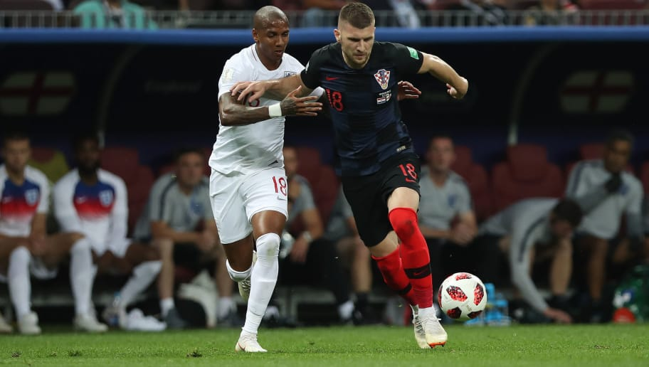 MOSCOW, RUSSIA - JULY 11: Ashley Young of England vies with Ante Rebic of Croatia during the 2018 FIFA World Cup Russia Semi Final match between England and Croatia at Luzhniki Stadium on July 11, 2018 in Moscow, Russia. (Photo by Ian MacNicol/Getty Images)