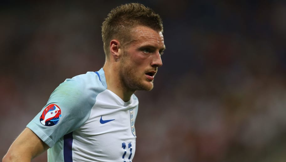 NICE, FRANCE - JUNE 27: Jamie Vardy of England during the UEFA EURO 2016 Round of 16 match between England and Iceland at Allianz Riviera Stadium on June 27, 2016 in Nice, France. (Photo by Catherine Ivill - AMA/Getty Images)