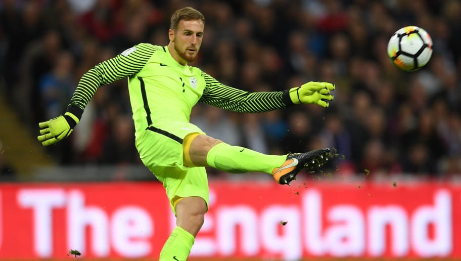 LONDON, ENGLAND - OCTOBER 05:  Jan Oblak of Slovenia in action during the FIFA 2018 World Cup Qualifier between England and Slovenia at Wembley Stadium on October 5, 2017 in London, England.  (Photo by Laurence Griffiths/Getty Images)