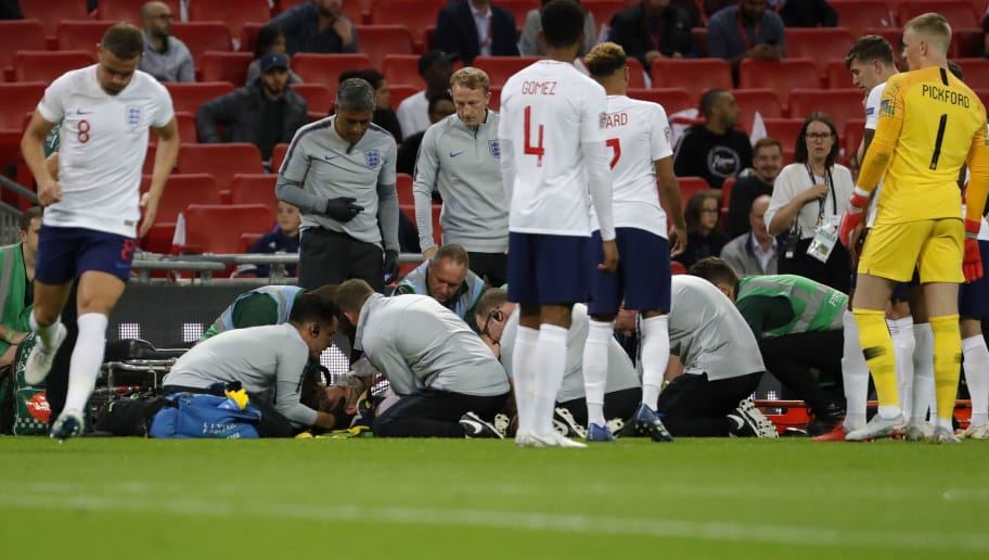 LONDON, ENGLAND - SEPTEMBER 08: Luke Shaw of England is injured during the UEFA Nations League A group four match between England and Spain at Wembley Stadium on September 8, 2018 in London, United Kingdom. (Photo by TF-Images/Getty Images)