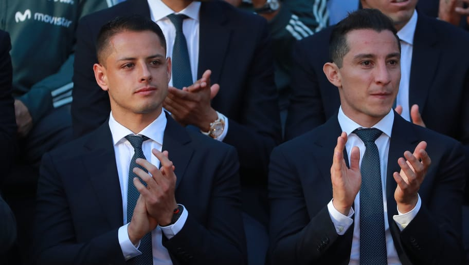 Mexico CITY, Mexico - MAY 31:  Javier Hernandez and Andres Guardado of Mexico applaud during the farewell ceremony for the Mexico National Team ahead its participation in the 2018 FIFA World Cup Russia at Residencia Oficial de Los Pinos on May 31, 2018 in Mexico City, Mexico. (Photo by Hector Vivas/Getty Images)