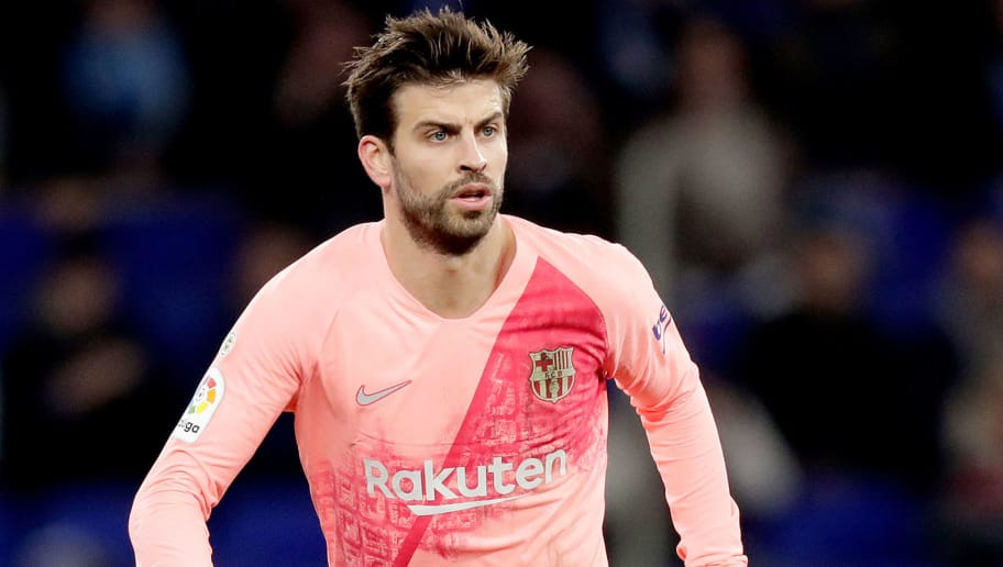 CORNELLA, SPAIN - DECEMBER 8: Gerard Pique of FC Barcelona  during the La Liga Santander  match between Espanyol v FC Barcelona at the RCDE Stadium on December 8, 2018 in Cornella Spain (Photo by Jeroen Meuwsen/Soccrates/Getty Images)