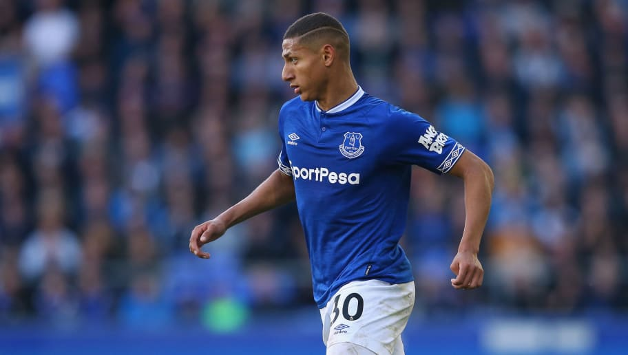 LIVERPOOL, ENGLAND - SEPTEMBER 29:  Richarlison of Everton FC runs with the ball during the Premier League match between Everton FC and Fulham FC at Goodison Park on September 29, 2018 in Liverpool, United Kingdom.  (Photo by Alex Livesey/Getty Images)
