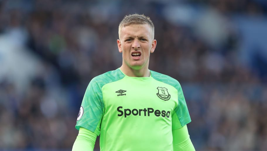 LIVERPOOL, ENGLAND - SEPTEMBER 29: Jordan Pickford of Everton during the Premier League match between Everton FC and Fulham FC at Goodison Park on September 29, 2018 in Liverpool, United Kingdom. (Photo by James Williamson - AMA/Getty Images)