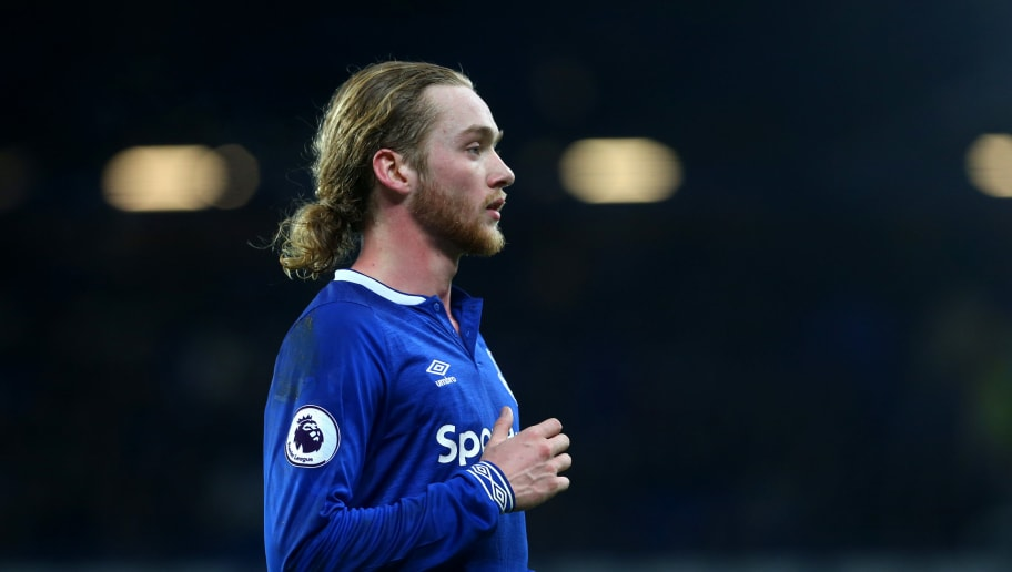 LIVERPOOL, ENGLAND - DECEMBER 23: Tom Davies of Everton during the Premier League match between Everton FC and Tottenham Hotspur at Goodison Park on December 23, 2018 in Liverpool, United Kingdom. (Photo by Chloe Knott - Danehouse/Getty Images)