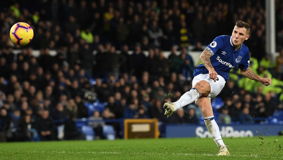 LIVERPOOL, ENGLAND - DECEMBER 10:  Lucas Digne of Everton scores their second goal to make it 2-2 during the Premier League match between Everton FC and Watford FC at Goodison Park on December 10, 2018 in Liverpool, United Kingdom.  (Photo by Stu Forster/Getty Images)