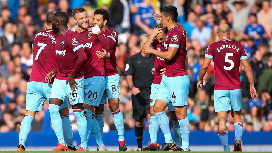 LIVERPOOL, ENGLAND - SEPTEMBER 16: Andriy Yarmolenko of West Ham United celebrates after scoring a goal to make it 0-2  during the Premier League match between Everton FC and West Ham United at Goodison Park on September 16, 2018 in Liverpool, United Kingdom. (Photo by Robbie Jay Barratt - AMA/Getty Images)