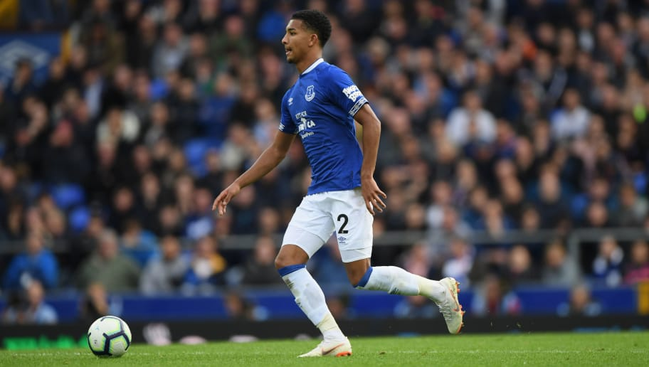 LIVERPOOL, ENGLAND - SEPTEMBER 16:  Everton player Mason Holgate in action during the Premier League match between Everton FC and West Ham United at Goodison Park on September 16, 2018 in Liverpool, United Kingdom.  (Photo by Stu Forster/Getty Images)