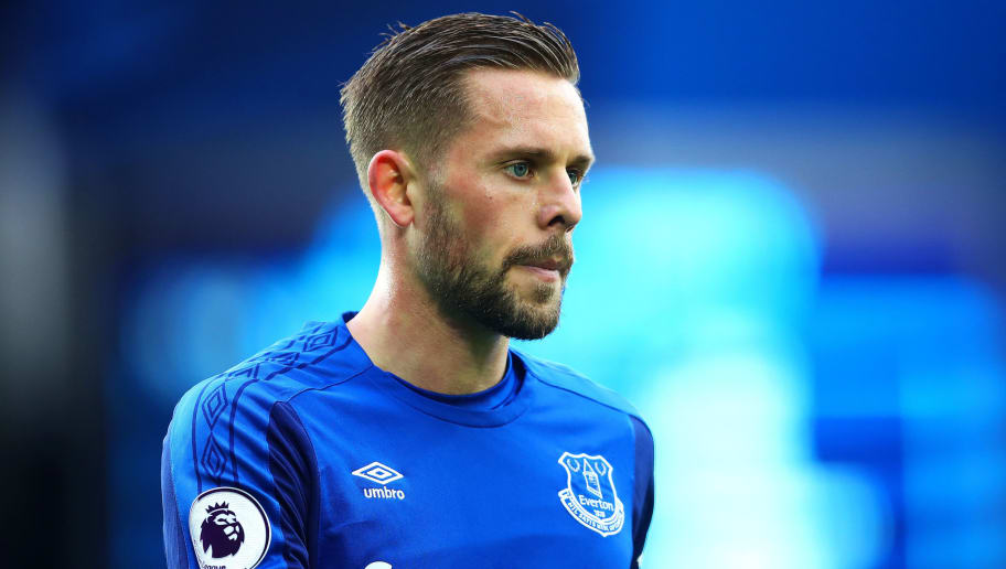 LIVERPOOL, ENGLAND - MARCH 10: Gylfi Sigurdsson of Everton looks on during the Premier League match between Everton and Brighton and Hove Albion at Goodison Park on March 10, 2018 in Liverpool, England. (Photo by Chris Brunskill Ltd/Getty Images)