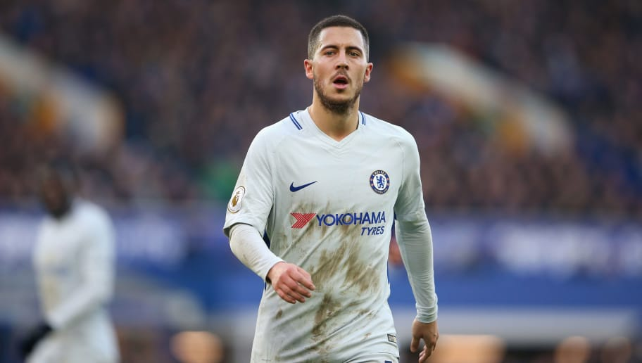 LIVERPOOL, ENGLAND - DECEMBER 23:  Eden Hazard of Chelsea looks on during the Premier League match between Everton and Chelsea during the Premier League match between Everton and Chelsea at Goodison Park on December 23, 2017 in Liverpool, England.  (Photo by Alex Livesey/Getty Images)