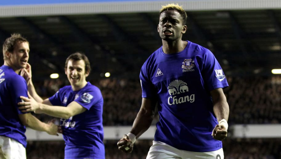 LIVERPOOL, ENGLAND - MARCH 19:  Louis Saha of Everton celebrates after scoring his team's 2-0 goal during the Barclays Premier League match between Everton and Fulham at Goodison Park on March 19, 2011 in Liverpool, England.  (Photo by Ross Kinnaird/Getty Images)