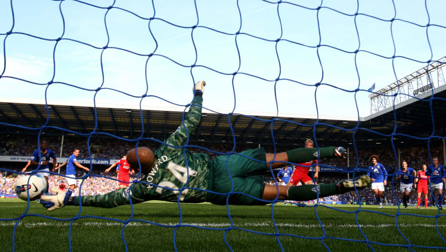 LIVERPOOL, ENGLAND - OCTOBER 01:  Tim Howard of Everton saves the penalty kick of Dirk Kuyt of Liverpool during the Barclays Premier League match between Everton and Liverpool at Goodison Park on October 1, 2011 in Liverpool, England.  (Photo by Clive Brunskill/Getty Images)