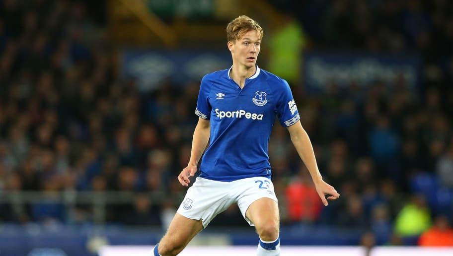 LIVERPOOL, ENGLAND - AUGUST 29:  Kieran Dowell of Everton controls the ball during the Carabao Cup Second Round match between Everton and Rotherham United at Goodison Park on August 29, 2018 in Liverpool, England.  (Photo by Alex Livesey/Getty Images)