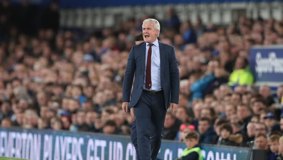 LIVERPOOL, ENGLAND - OCTOBER 02: Southampton Manager \ head coach Mark Hughes during the Carabao Cup Third Round match between Everton and Southampton at Goodison Park on October 2, 2018 in Liverpool, England. (Photo by James Williamson - AMA/Getty Images)
