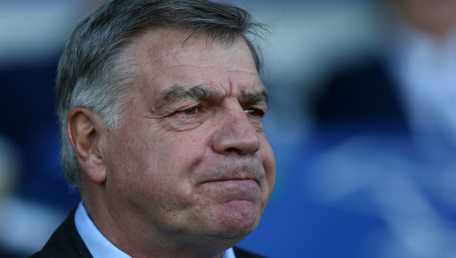 LIVERPOOL, ENGLAND - MAY 05:  Sam Allardyce, Manager of Everton looks on prior to the Premier League match between Everton and Southampton at Goodison Park on May 5, 2018 in Liverpool, England.  (Photo by Jan Kruger/Getty Images)