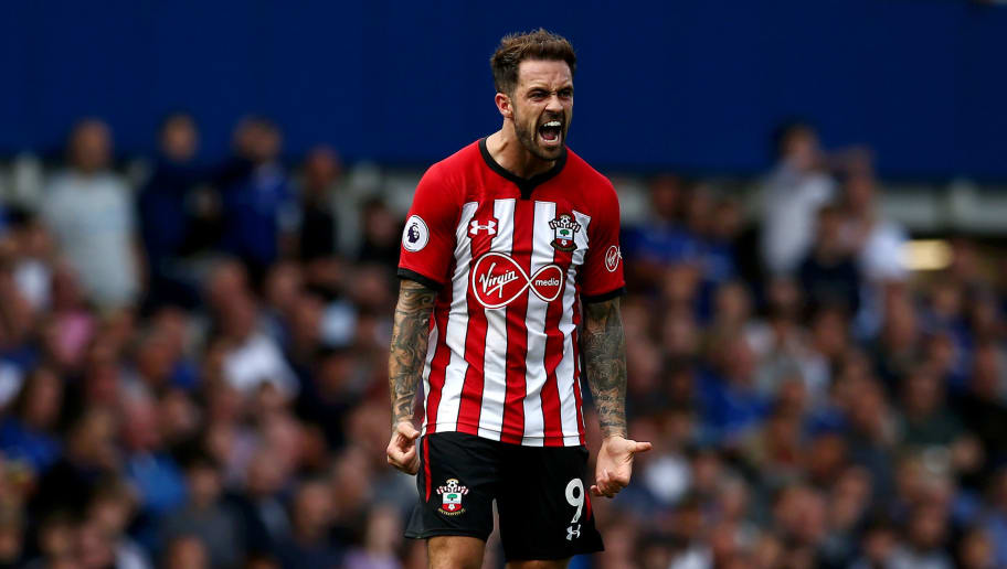 LIVERPOOL, ENGLAND - AUGUST 18:  Danny Ings of Southampton celebrates after scoring his team's first goal  during the Premier League match between Everton FC and Southampton FC at Goodison Park on August 18, 2018 in Liverpool, United Kingdom.  (Photo by Jan Kruger/Getty Images)