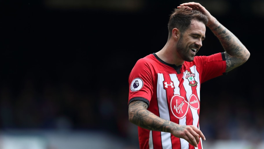LIVERPOOL, ENGLAND - AUGUST 18: Danny Ings of Southampton during the Premier League match between Everton FC and Southampton FC at Goodison Park on August 18, 2018 in Liverpool, United Kingdom. (Photo by James Williamson - AMA/Getty Images)