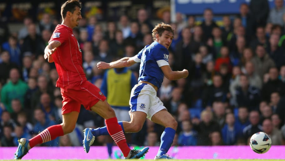 LIVERPOOL, ENGLAND - SEPTEMBER 29:  Nikica Jelavic of Everton scores his first goal during the Barclays Premier League match between Everton and Southampton at Goodison Park on September 29, 2012 in Liverpool, England.  (Photo by Alex Livesey/Getty Images)