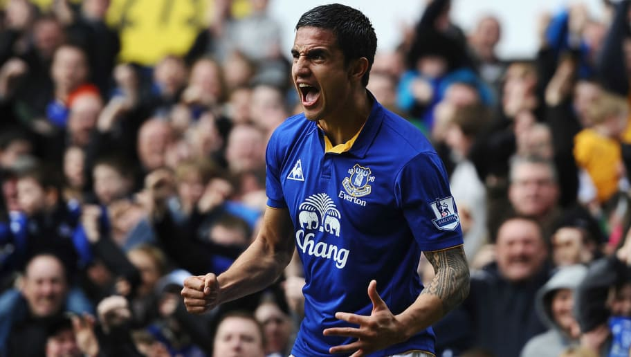 LIVERPOOL, ENGLAND - MARCH 17:  Tim Cahill of Everton celebrates the equalising goal during the FA Cup Sixth Round match sponsored by Budweiser between Everton and Sunderland at Goodison Park on March 17, 2012 in Liverpool, England.  (Photo by Laurence Griffiths/Getty Images)