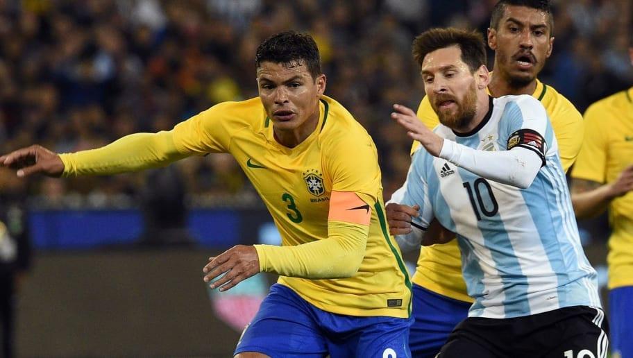"""Thiago Silva greift """"beeinflussenden"""" Messi an: """"Was er macht, ist respektlos"""""""