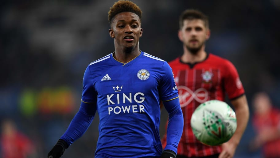 Leicester City's English midfielder Demarai Gray (L) vies with Southampton's English defender Jack Stephens during the rescheduled English League fourth round football match between Leicester City and Southampton at the King Power Stadium in Leicester, central England on November 27, 2018. (Photo by Paul ELLIS / AFP) / RESTRICTED TO EDITORIAL USE. No use with unauthorized audio, video, data, fixture lists, club/league logos or 'live' services. Online in-match use limited to 120 images. An additional 40 images may be used in extra time. No video emulation. Social media in-match use limited to 120 images. An additional 40 images may be used in extra time. No use in betting publications, games or single club/league/player publications. /         (Photo credit should read PAUL ELLIS/AFP/Getty Images)