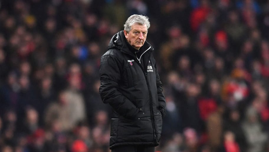 Crystal Palace's English manager Roy Hodgson looks on during the English Premier League football match between Arsenal and Crystal Palace at the Emirates Stadium in London on January 20, 2018.  / AFP PHOTO / Ben STANSALL / RESTRICTED TO EDITORIAL USE. No use with unauthorized audio, video, data, fixture lists, club/league logos or 'live' services. Online in-match use limited to 75 images, no video emulation. No use in betting, games or single club/league/player publications.  /         (Photo credit should read BEN STANSALL/AFP/Getty Images)