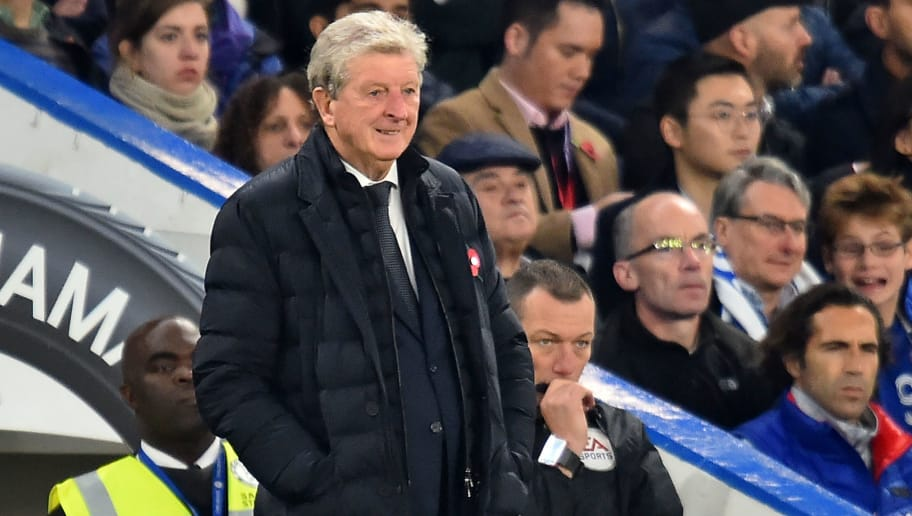 Crystal Palace's English manager Roy Hodgson looks on during the English Premier League football match between Chelsea and Crystal Palace at Stamford Bridge in London on November 4, 2018. (Photo by Glyn KIRK / AFP) / RESTRICTED TO EDITORIAL USE. No use with unauthorized audio, video, data, fixture lists, club/league logos or 'live' services. Online in-match use limited to 120 images. An additional 40 images may be used in extra time. No video emulation. Social media in-match use limited to 120 images. An additional 40 images may be used in extra time. No use in betting publications, games or single club/league/player publications. /         (Photo credit should read GLYN KIRK/AFP/Getty Images)