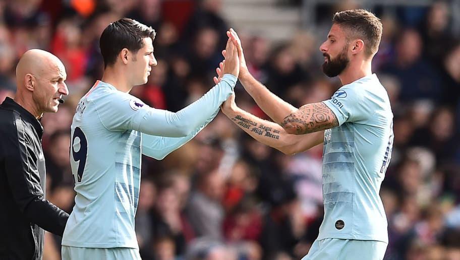 Chelsea's French striker Olivier Giroud (R) leaves the pitch after being substituted off for Chelsea's Spanish striker Alvaro Morata during the English Premier League football match between Southampton and Chelsea at St Mary's Stadium in Southampton, southern England on October 7, 2018. (Photo by Glyn KIRK / AFP) / RESTRICTED TO EDITORIAL USE. No use with unauthorized audio, video, data, fixture lists, club/league logos or 'live' services. Online in-match use limited to 120 images. An additional 40 images may be used in extra time. No video emulation. Social media in-match use limited to 120 images. An additional 40 images may be used in extra time. No use in betting publications, games or single club/league/player publications. /         (Photo credit should read GLYN KIRK/AFP/Getty Images)