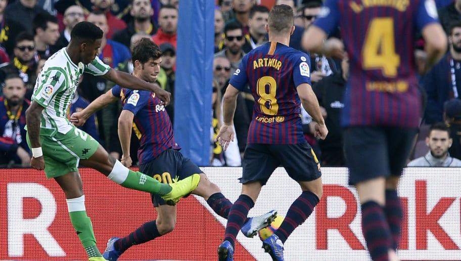 Barcelona anunció fichaje de Junior Firpo, exjugador del Real Betis