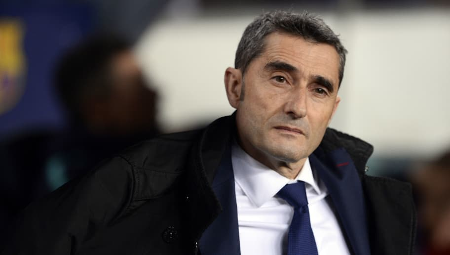 Barcelona's Spanish coach Ernesto Valverde waits for the start of the Spanish League football match between FC Barcelona and RC Celta de Vigo at the Camp Nou stadium in Barcelona on Decemeber 22, 2018. (Photo by Josep LAGO / AFP)        (Photo credit should read JOSEP LAGO/AFP/Getty Images)